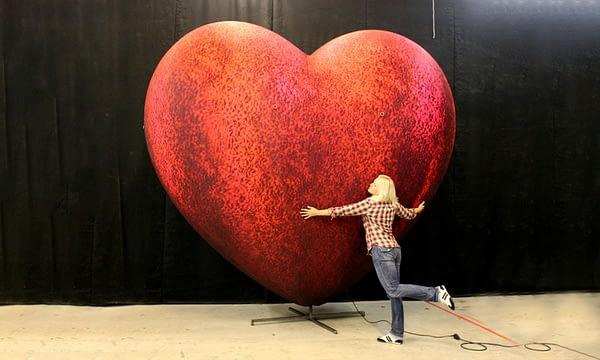 3.8m inflatable velvet heart