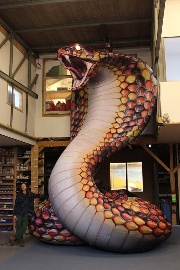giant inflatable cobra